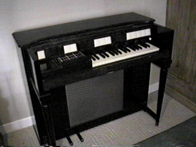 The Real BLUE JAY WAY: The Organ That George Harrison Used